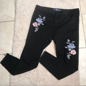 Hollister Embroidered High Rise Black Pants